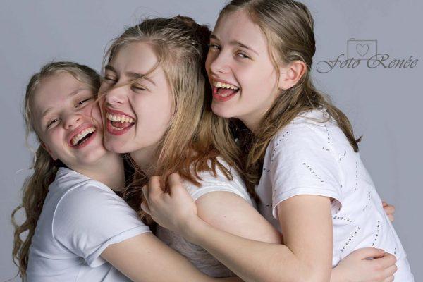 fotorenee-cadeau-gouda-kado-haastrecht-meisje-fotografie-portret-portretfotograaf-portretfotografie-familiefotografie-fotoshoot-foto-1024x776