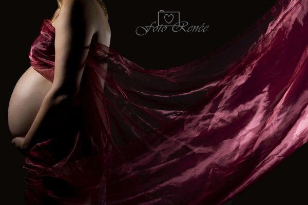 zwanger-fotografie-rood-doek